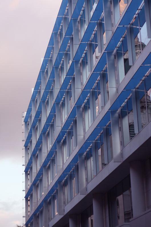 batiment-bleu