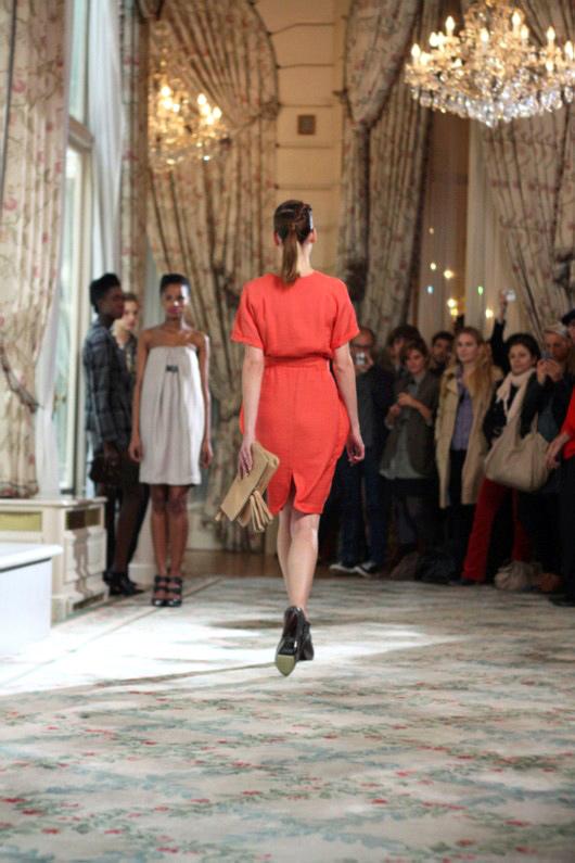 robe-rouge-erotokritos