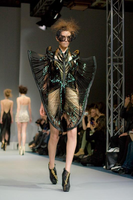 butterfly-iris-van-herpen