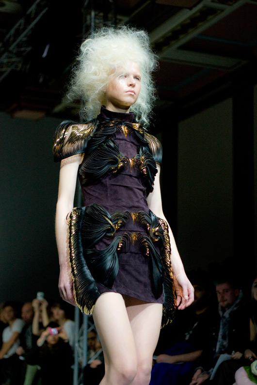 iris-van-herpen-fashion