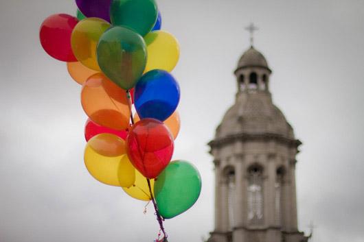 trinity-college-balloons