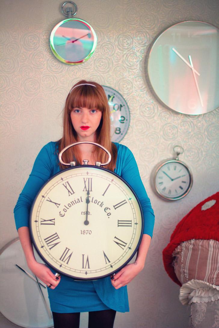 huge-clock