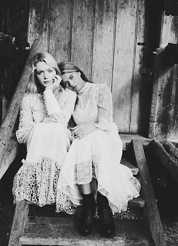Sisters-(1)
