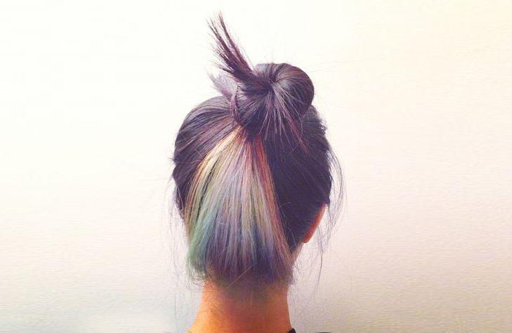 je me suis perdue dans le vortex des spcialistes du cheveu pastel sur internet dcouvert plein de blogs et de nanas aux cheveux dingues jai limpression - Coloration Violet Pastel
