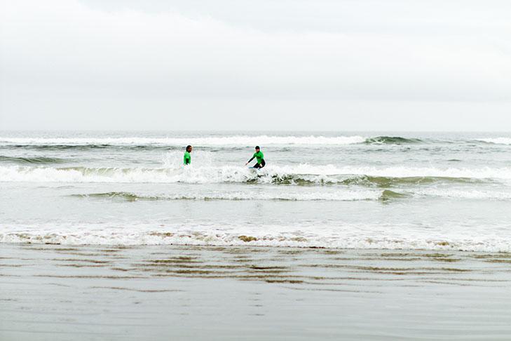 surfing tofino-9
