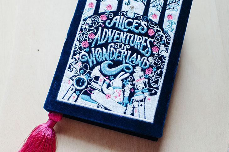Alice in wonderland-12